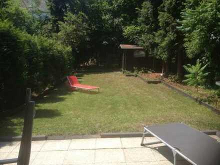 Gartenwohnung mit Haus im Haus Charakter in Rodenkirchen