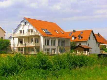 18_HS5695 Außergewöhnliches Wohnhaus / Gemeinde Wenzenbach