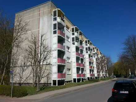 3 Raum Wohnung mit Balkon am Klüschenberg