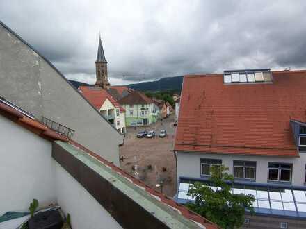 2 Zi. Dachgeschoßwohnung am Marktplatz