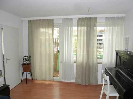 Helle 1 Zi. Wohnung mit Balkon zum Innenhof in Sendling