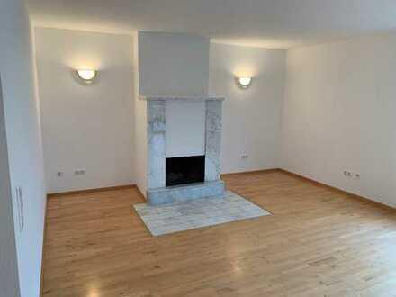 1.050 €, 125 m², 4,5 Zimmer