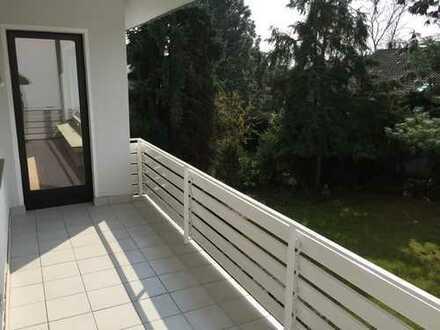 Köln-Rodenkirchen, exklusives Wohnen in Ruhiglage mit Sonnenbalkon und Garage