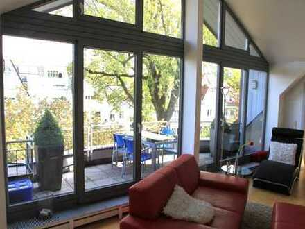Stilvolles Wohnen auf ruhigem, grünen Villengrundstück - Dachterasse und Galerie