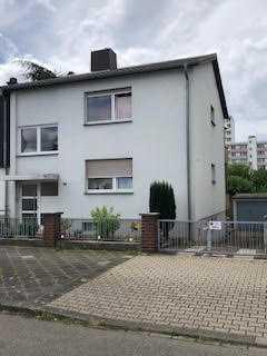 Ruhig gelegene 1 ZKB-Wohnung im Souterrain mit Terrasse in MA-Rheinau
