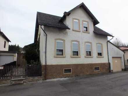 Marktredwitz/Stadtteil Brand Einfamilienhaus mit ca.631 m² Grundstück und Garage