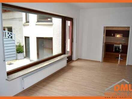 Eine schöne und helle 2-Zimmerwohnung inkl. Einbauküche und Terrasse.