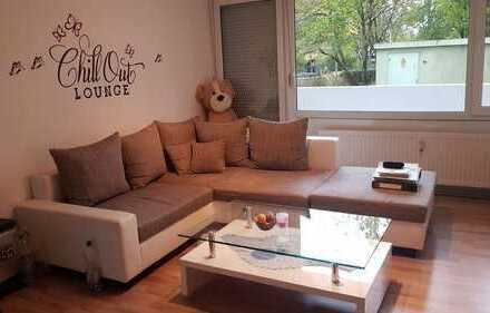 Stilvolle, sanierte 1-Zimmer-EG-Wohnung mit Balkon und Einbauküche in Uni-Nähe