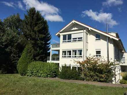 Gepflegte 4-Zimmer-Wohnung mit Balkon in Pforzheim - Büchenbronn