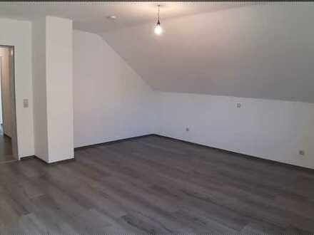 Vollständig sanierte 4-Zimmer Wohnung mit Balkon in Euskirchen-Kuchenheim