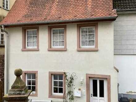 Schickes total renoviertes / neu gebautes Haus im Herzen der Altstadt