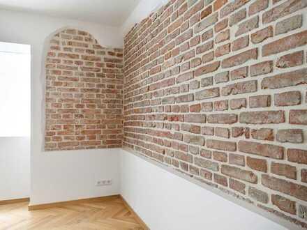 H&G – Ausdrucksvoll Wohnen in der Isarvorstadt. 3,5m Deckenhöhe! Brickwall! Split-Level!