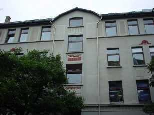 Gepflegte 2-Zimmer-Dachgeschosswohnung mit Einbauküche in Braunschweig