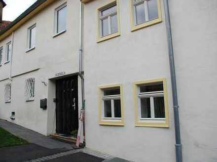 Endlich Platz - 172 m² auf 3 Etagen - Weinstadt-Großheppach! Moderne Bäder, sonnige Loggia.