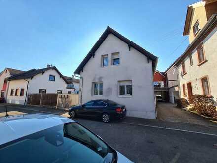 !!! Zweifamilienhaus mit Garten und Erweiterungspotential !!!