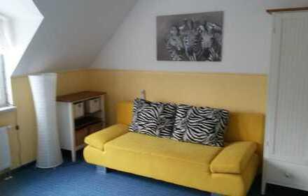 Großes, ruhiges Zimmer für 1-2 Personen, befristet, Details auf wg-suche