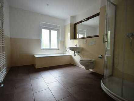 modern sanierte 3-Raum-Wohnung*2.OG* Balkon * Fußbodenheizung * Tageslichtbad