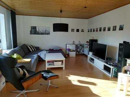 Gepflegte 5-Zimmer-Wohnung mit Balkon in Lich