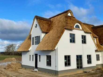 Exklusives Reetdach-Ferienhaus Stolpe auf Usedom
