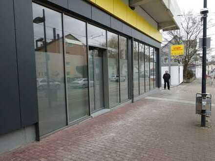ca. 95,00 m² attraktives helles Eck-Ladenlokal am Netto-Markt gegenüber einer Straßenbahnhaltestelle