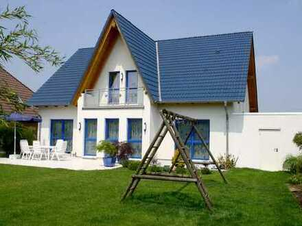 BAD SALZDETFURTH! Freiraum auf höchstem Niveau! Riesiges Neubau-Traumhaus - sehr begehrte Wohnlage!