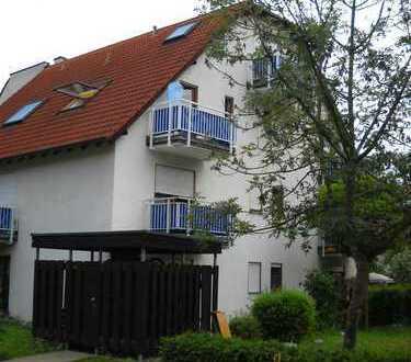 Schöne ein Zimmer Wohnung in Tübingen (Kreis), Kirchentellinsfurt