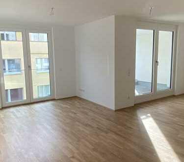Erstbezug: Attraktive, schöne 2-Zimmer-Wohnung mit Loggia in Neustadt-Süd, Nähe St. Maternus Kirche
