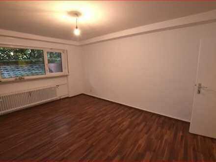 Ideal für 2er-WG oder Wohnen&Arbeiten: Souterrain-Wohnung in Frankfurt-Dornbusch