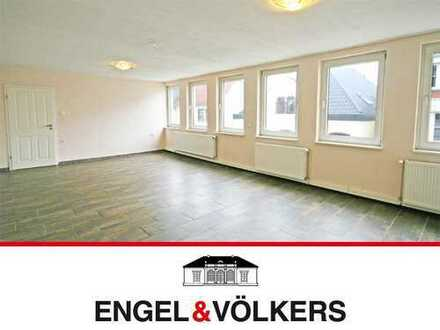 Große Wohnung in Delmenhorster City!
