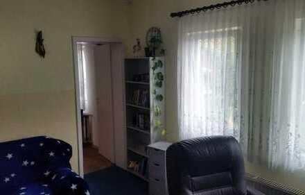 2-Zimmer-Wohnung mit separatem Eingang und Gartennutzung