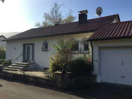 Einfam.Haus in schöner Südhanglage mit großem Garten in RT-Gönningen