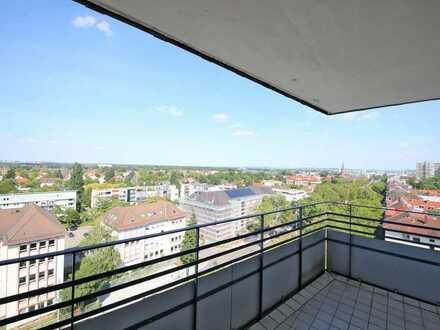 Zum Verlieben: Sehr gepflegte 2-Zimmer-Wohnung mit Balkon in bester Citylage