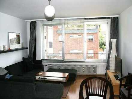 Ansprechende 4-Zimmer-Wohnung mit Balkon in Düsseldorf von privat
