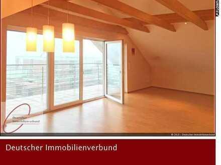 Sehr schöne und helle 3 Zimmerwohnung mit Einbauküche
