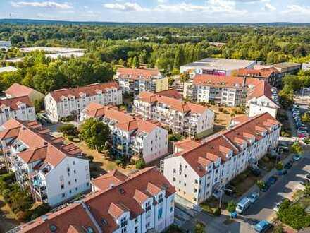 Kapitalanlage im ruhigen Teltow mit Balkon und Tiefgarage