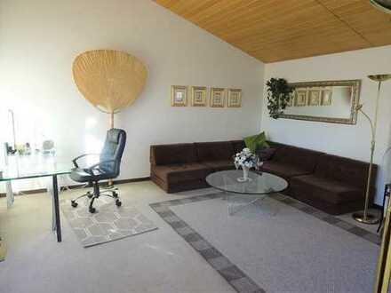 Egelsbach-Bayerseich: Vollmöblierte 2-Zimmer Mietwohnung mit sonniger Dachterrasse in ruhiger