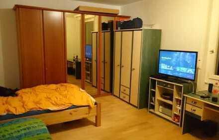 Möbliertes Zimmer in ruhiger WG, 5-10min von der FU Berl