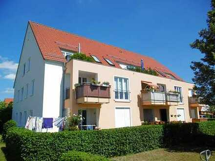 Attraktive 2-Zimmer-Dachgeschoss-Wohnung mit Balkon und Stellplatz