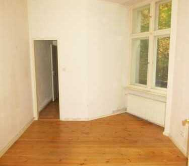 Ruhige 1-Zi-Wohnung mit Dielen - Duschbad - kleiner Küche - frei ab 1.11.