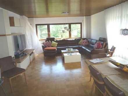 Großzügiges Haus, top ausgestattet, in bester grüner und ruhigen Aussichtslage und EBK