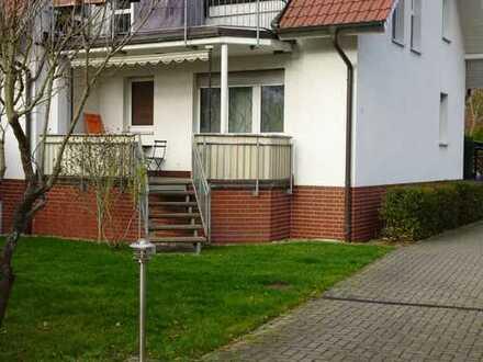 Exklusive, neuwertige 2-Zimmer-Hochparterre-Wohnung mit Balkon und Einbauküche in Falkensee