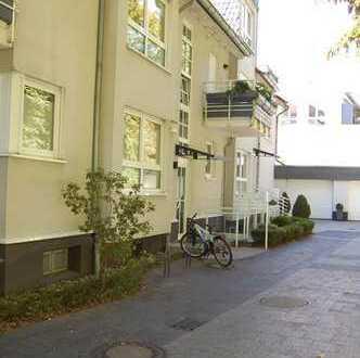 Refrath! Großzügige, moderne 3-Zimmer-Erdgeschosswohnung mit großer Terrasse!