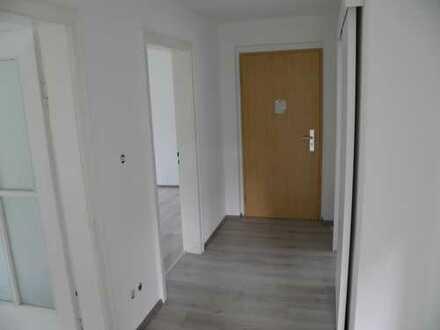 Helle 3-Raum-Familienwohnung mit Garten und PKW-Stellplatz zur Vermietung