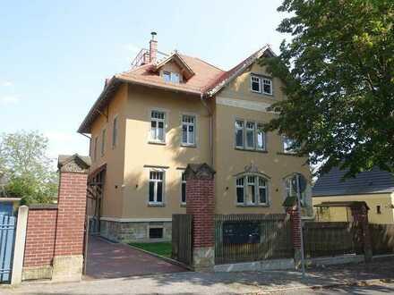 Erstbezug nach Sanierung! 4-Zimmerwohnung mit Balkon in sehr guter Lage von Radebeul-Oberlößnitz