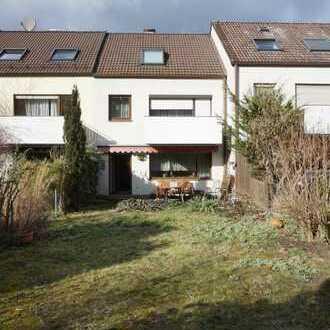 Traumlage: RMH in Nbg. Laufamholz Nähe S-Bahn-Haltestelle / Haus kaufen