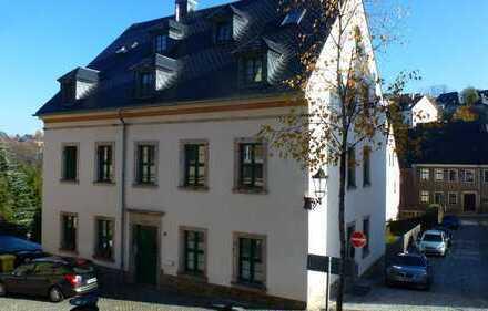 Helle Dachgeschosswohnung in liebevoll saniertem Altbau von Annaberg