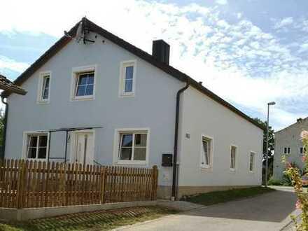 Schönes, geräumiges Haus mit fünf Zimmern in Adelschlag