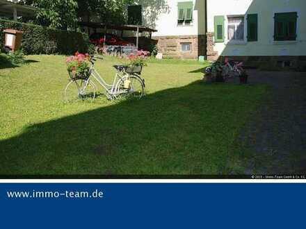 Platz für die ganze Familie! Sonnige, helle 4,5 Zi-Wohnung mit großem Garten wartet auf Sie!