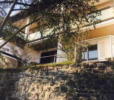 Bestlage in Enzberg mit großer Terrasse und Aussicht
