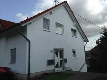 Erstbezug nach Sanierung mit Balkon: schöne 2-Zimmer-Erdgeschosswohnung in Neunkirchen